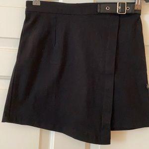 $FIRM$ NWOT ROYAL BONES mini skirt - black w/zip